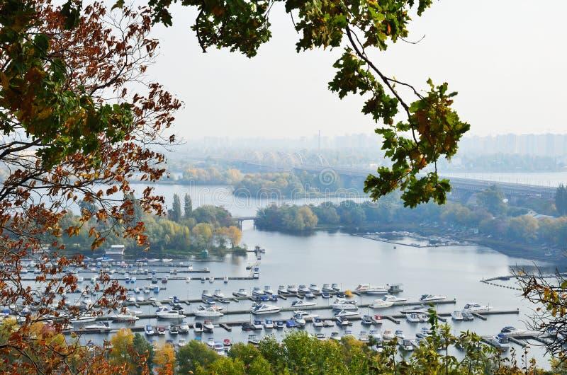 dniper海岛kyiv码头 库存图片