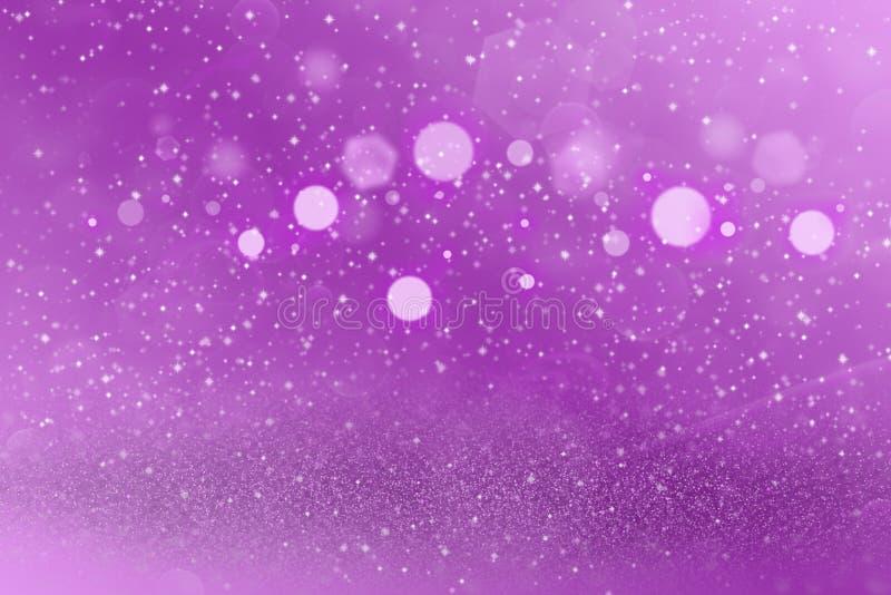 Do bokeh defocused brilhante bonito das luzes do brilho do rosa o fundo abstrato com faíscas voa, textura festal do modelo com es ilustração royalty free