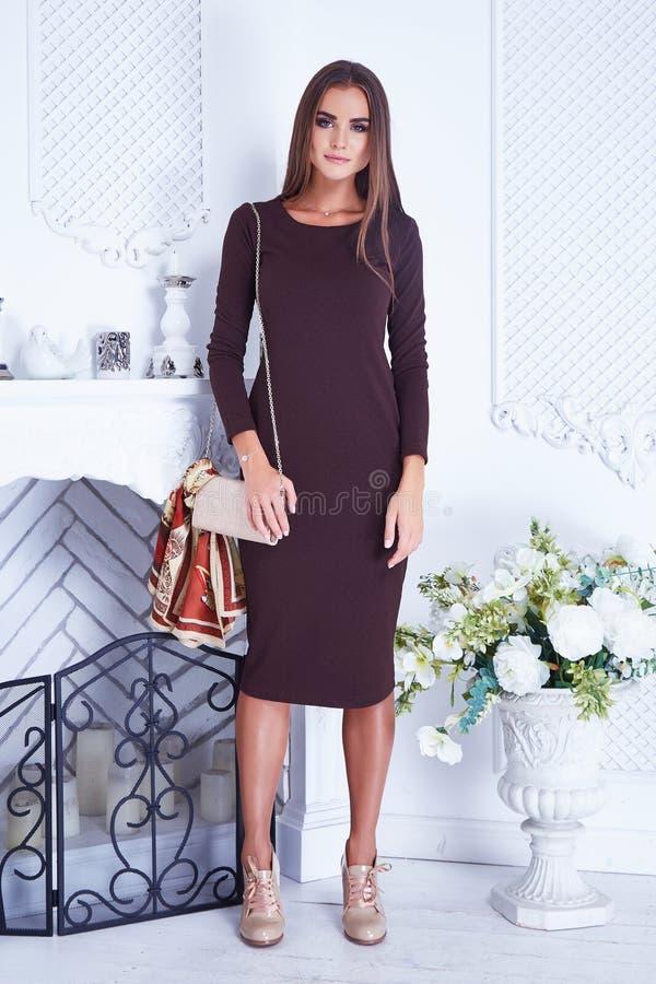 Do catálogo 'sexy' da roupa da mulher de negócio da beleza elegante à moda fotografia de stock