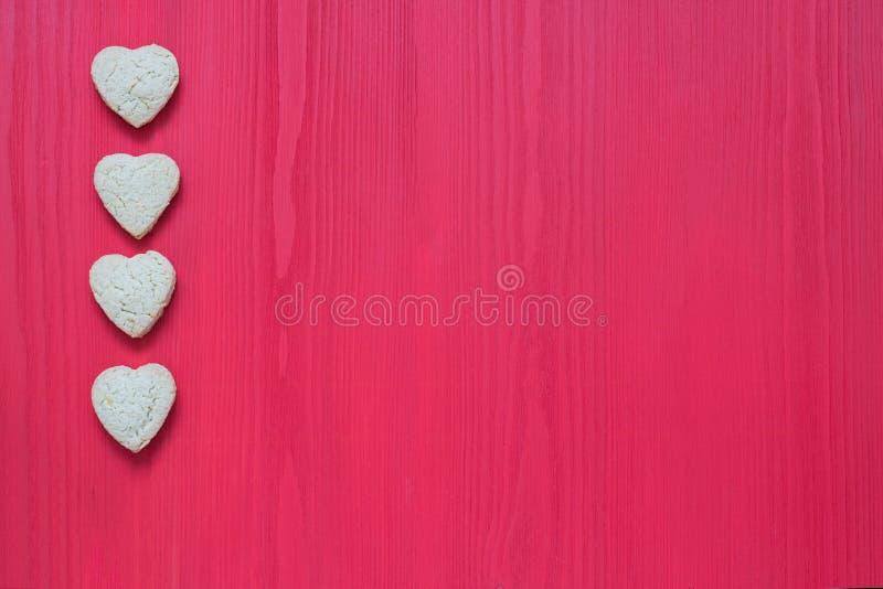 Do coração das cookies dia de Valentim do St fot fotografia de stock