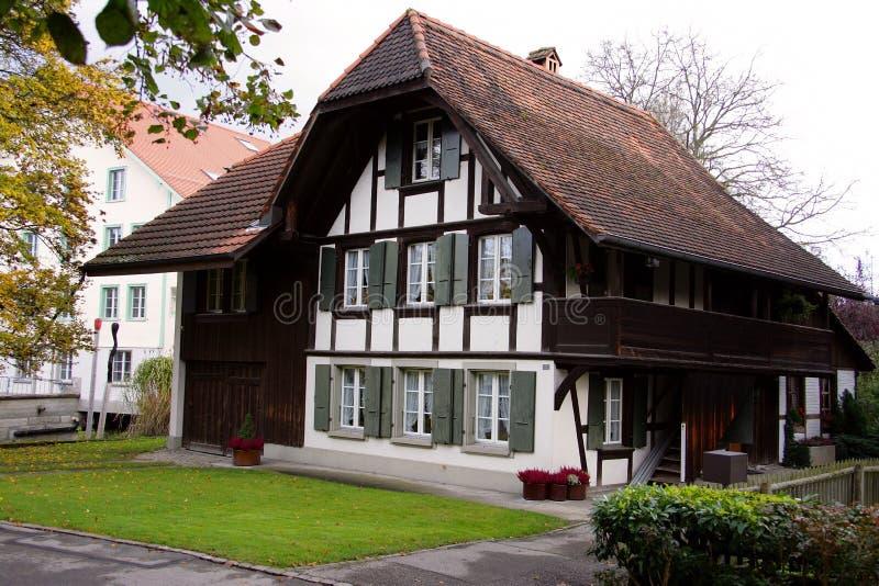 do domu 3 starego szwajcarski obrazy royalty free