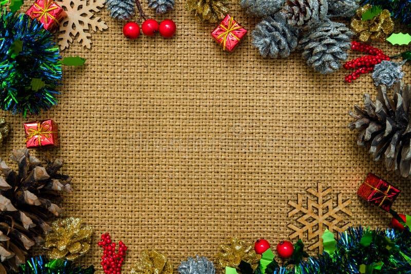Do Natal do fundo vida ainda com decorações e espaço para t imagem de stock