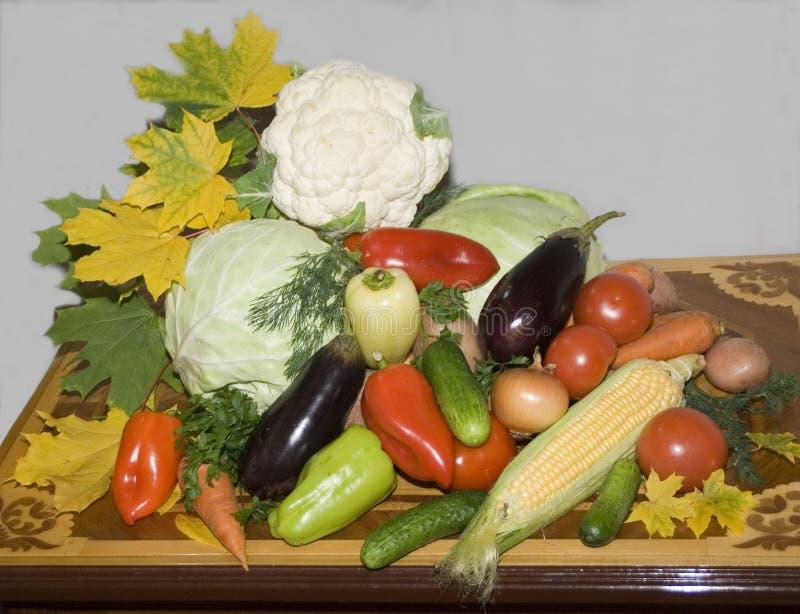 Do vegetal vida ainda Legumes frescos na tabela fotografia de stock