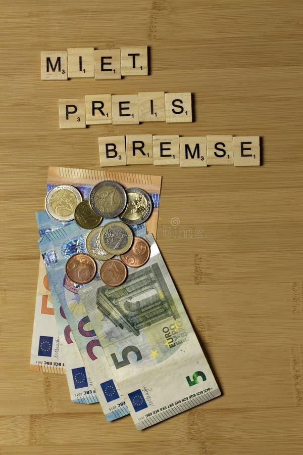 Do wynajęcia cena hamulec, słowo w niemiec Mietpreisbremse obraz royalty free