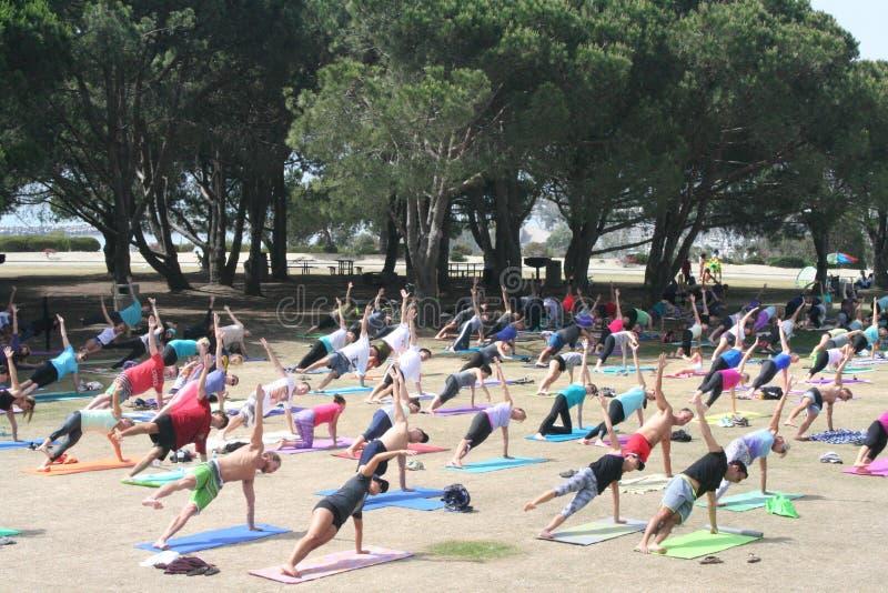 A doação baseou a ioga imagem de stock