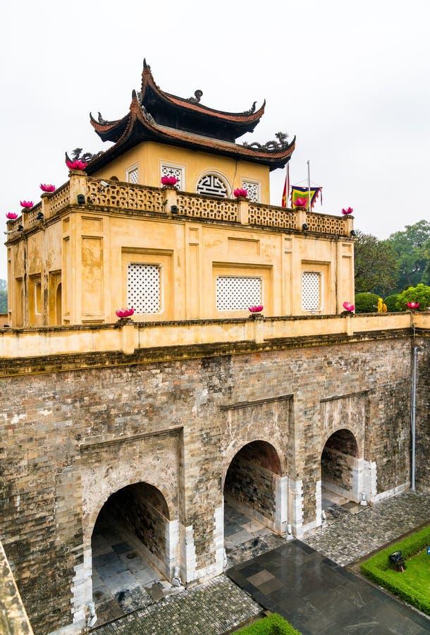 Doan Mon, der Haupttor langer Kaiserzitadelle Thang in Hanoi, Vietnam lizenzfreie stockfotografie