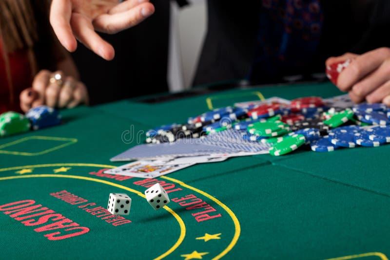 Dobbel het gokken close-up stock afbeelding