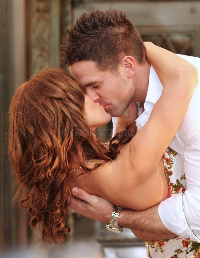 dobiera się angażujący wyrażający miłości ich zdjęcia royalty free