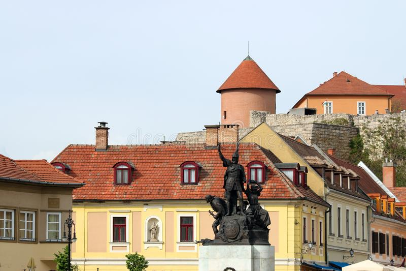Dobo Istvan monument och fästning Eger fotografering för bildbyråer