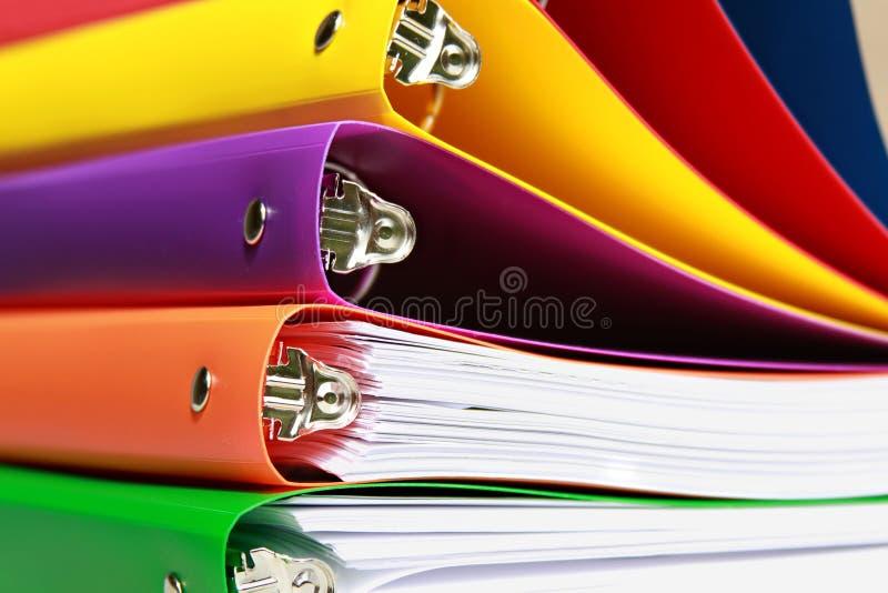 Dobradores de arquivo empilhados foto de stock