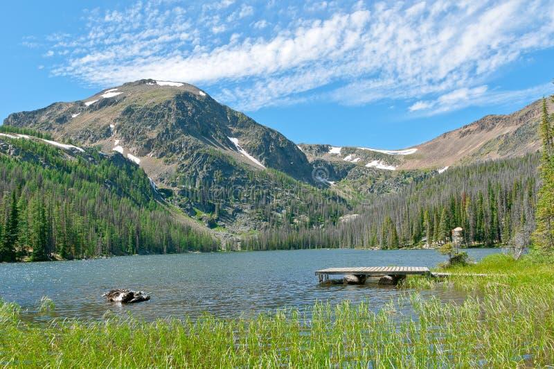 Doca da beira do lago fotografia de stock