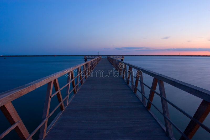 Doca do por do sol imagem de stock royalty free