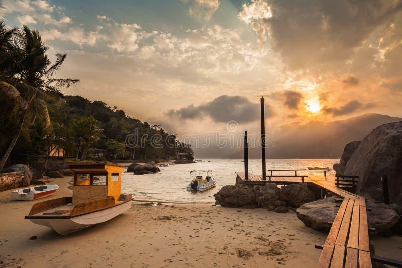 A doca em Saco faz Mamangua - Paraty - RJ imagens de stock royalty free