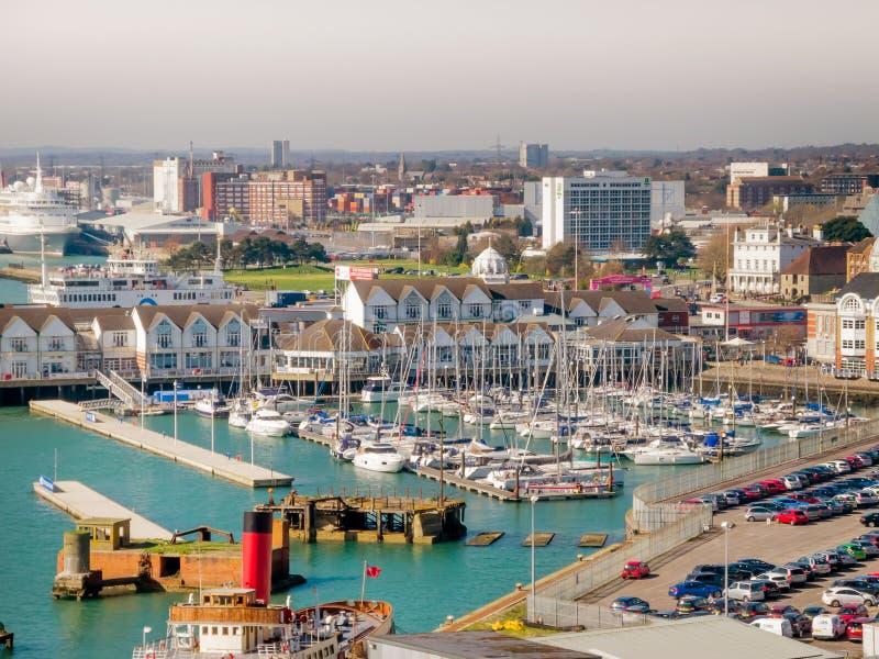 Docas de Southampton, Inglaterra, Reino Unido fotos de stock