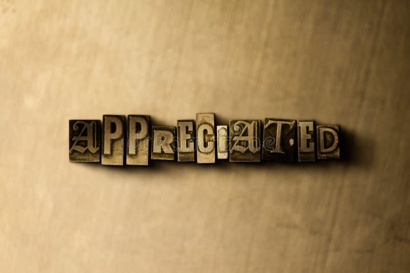 DOCENIAJĄCY - zakończenie grungy rocznik typeset słowo na metalu tle ilustracji