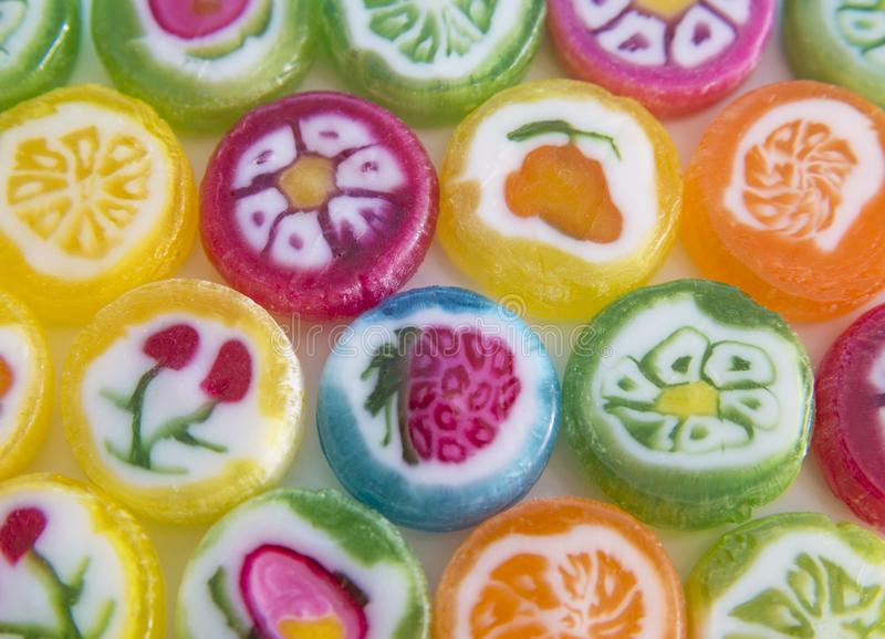 Doces coloridos confectionery Alimento entalhes produto do açúcar fotografia de stock