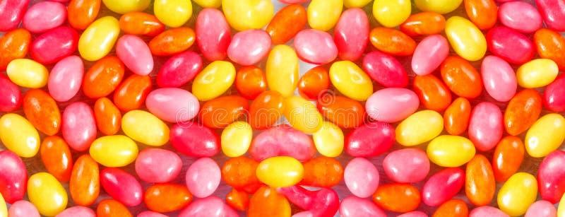doces coloridos sob a forma dos ovos fotos de stock royalty free