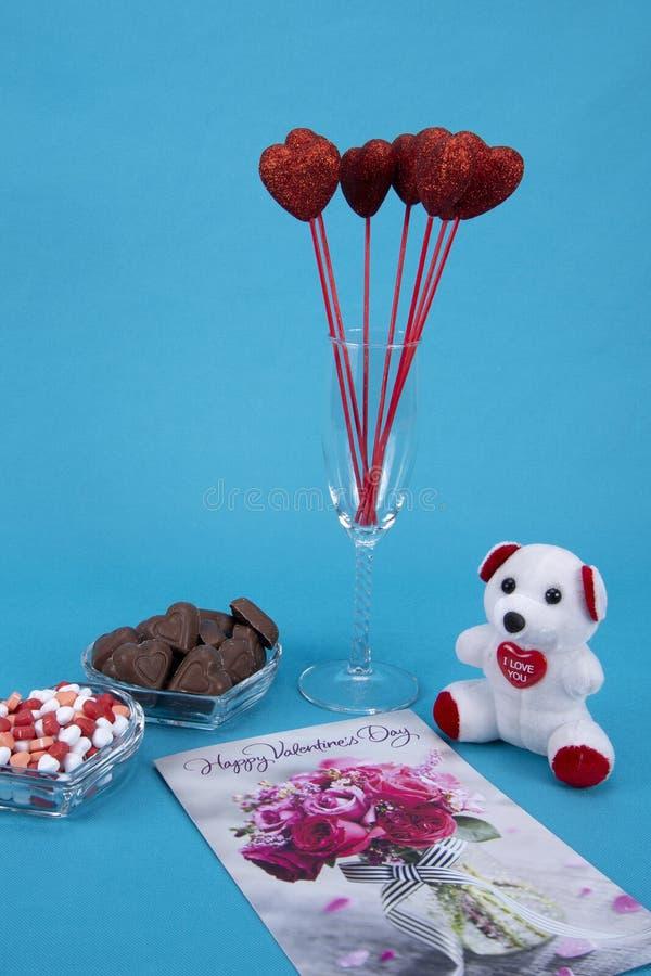 Doces de chocolate do dia de Valentim fotografia de stock royalty free