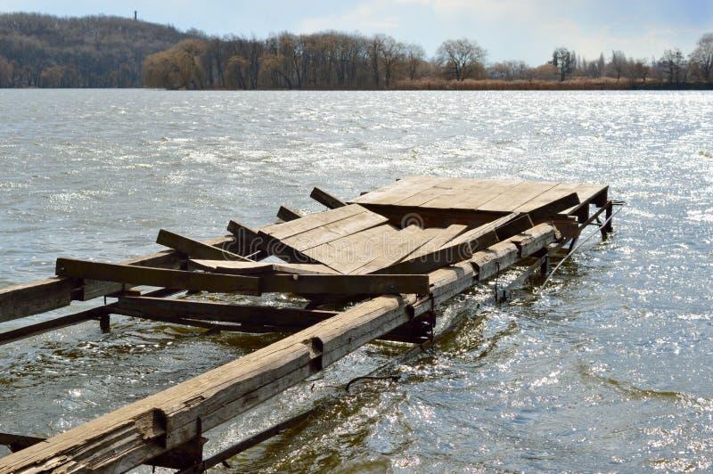 Dock cassé photographie stock