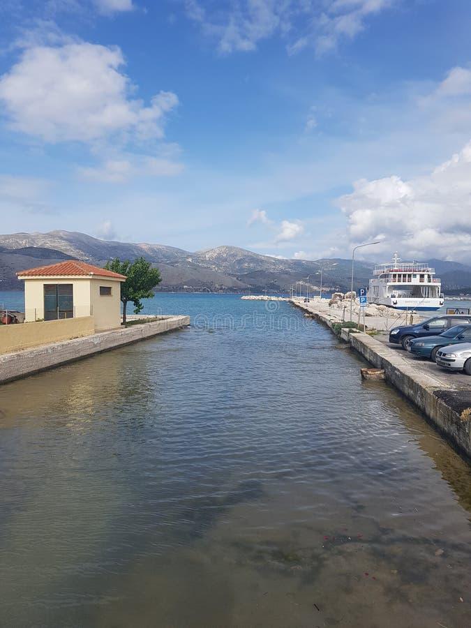 Dock dans le kafalonia photographie stock libre de droits