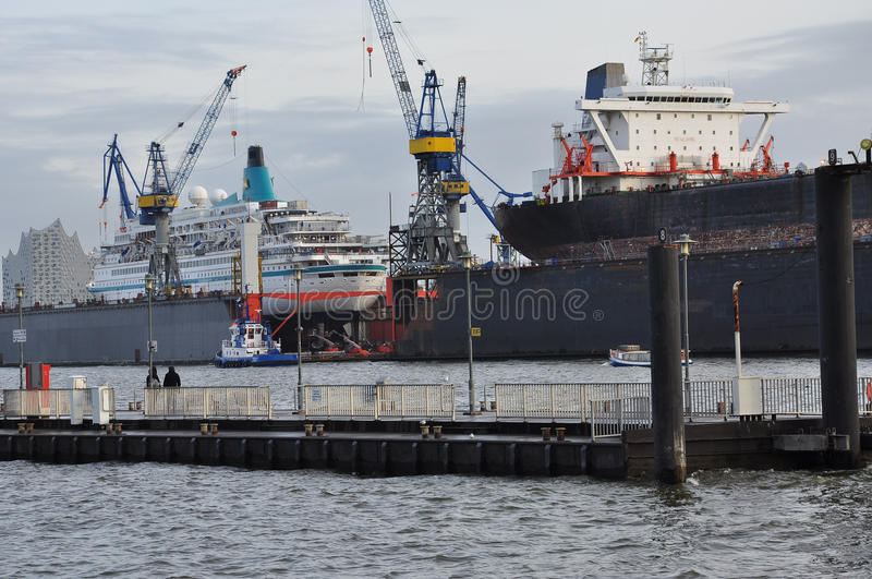 Dock de construction navale Chantier naval à Hambourg, Allemagne photos stock