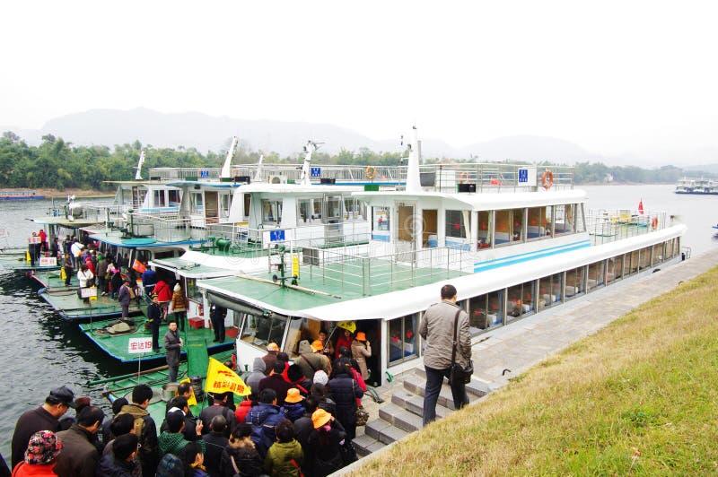 Dock de vitesse normale de fleuve de Guilin Li, Chine photos stock