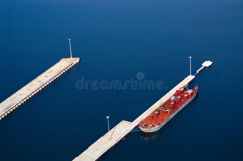 Download Docked Oil Tanker Royalty Free Stock Images - Image: 1713939