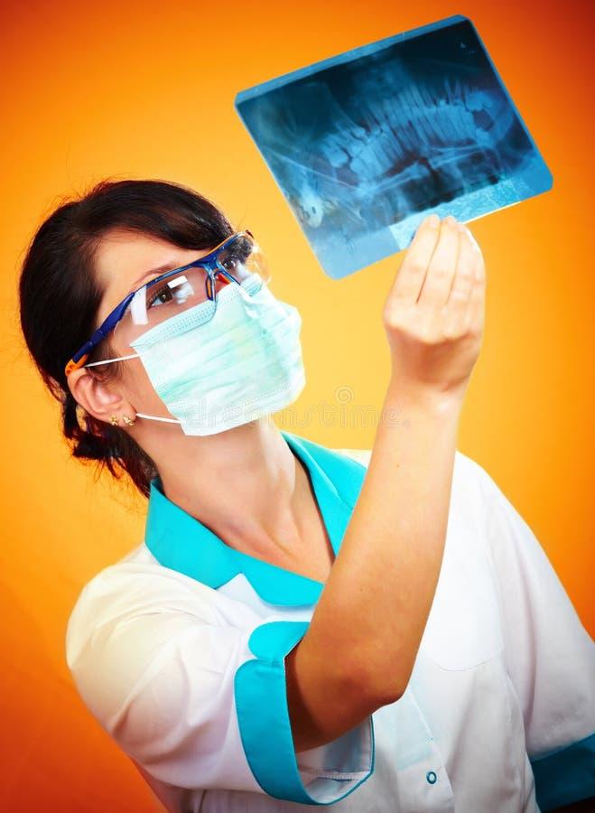 Docteur avec le rayon X photo libre de droits