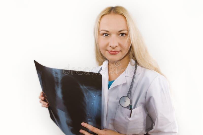 Docteur féminin avec le rtg photos libres de droits