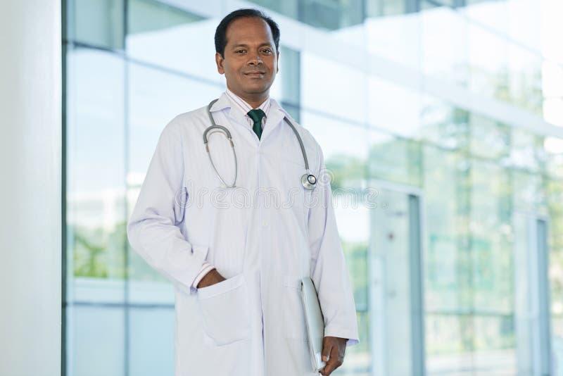 Docteur gai photo libre de droits