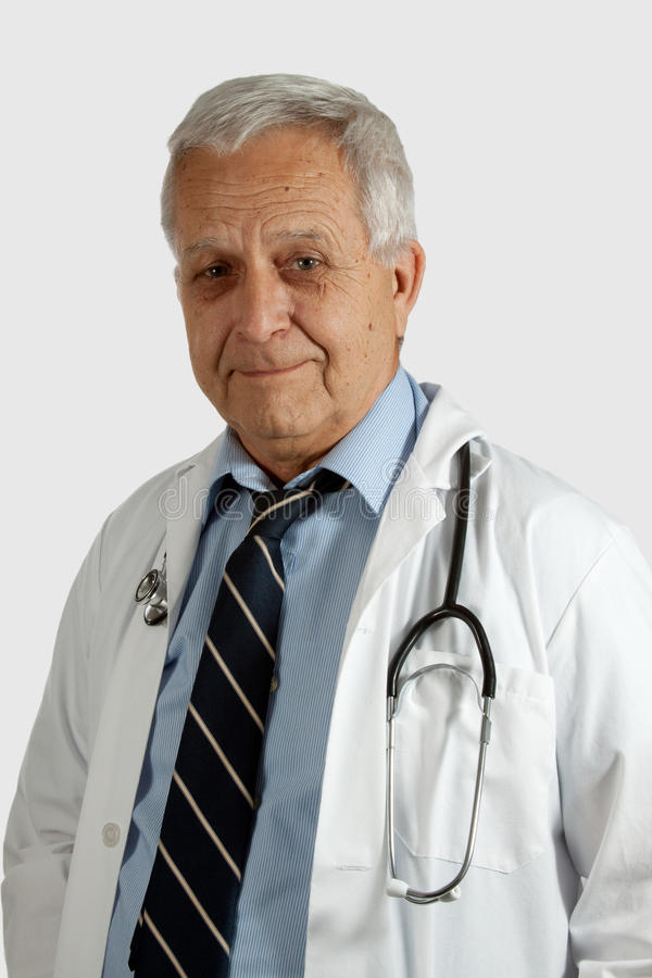 Docteur mâle aîné photo libre de droits