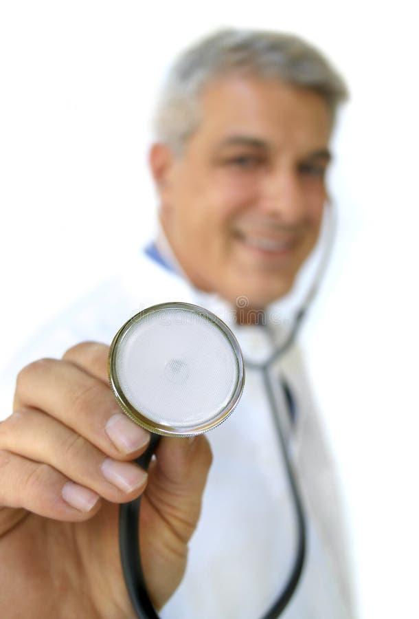 Doctor con el estetoscopio foto de archivo
