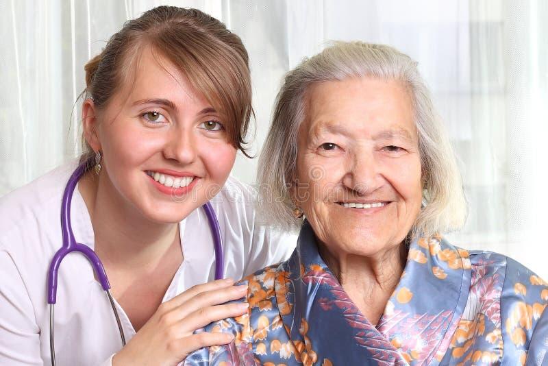 Doctor con el paciente fotografía de archivo libre de regalías