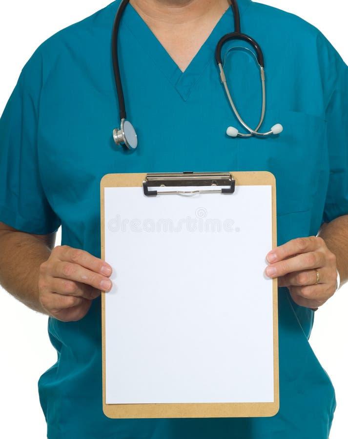 Doctor con el sujetapapeles fotografía de archivo