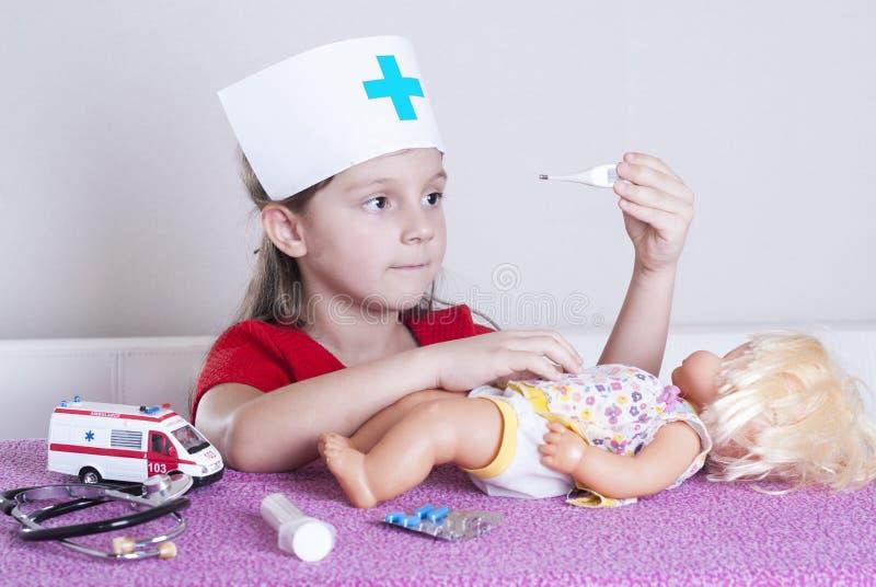 Doctor de la niña foto de archivo libre de regalías