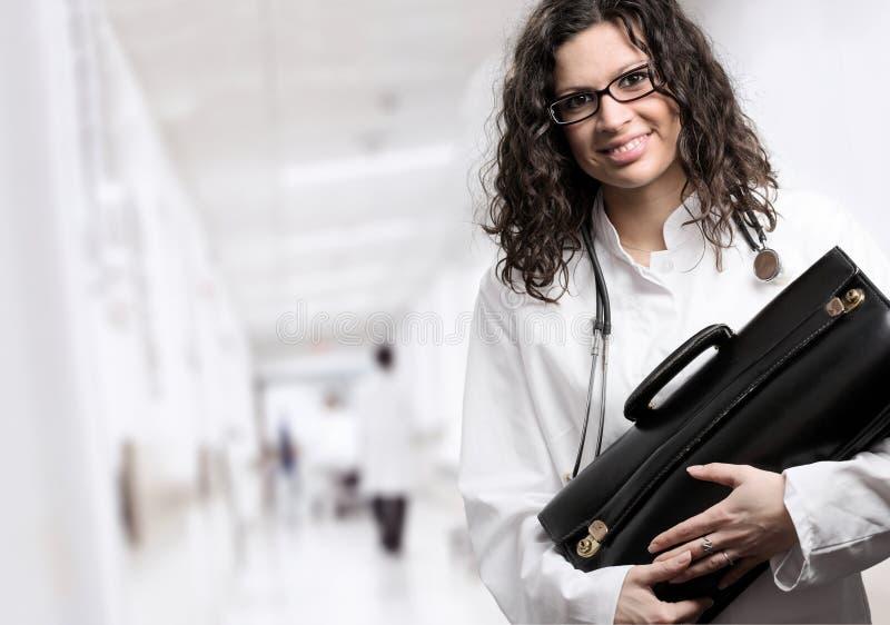Doctor de sexo femenino imagen de archivo libre de regalías