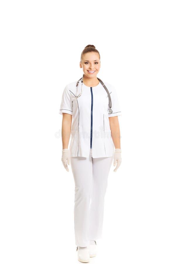 Doctor de sexo femenino en uniforme imágenes de archivo libres de regalías