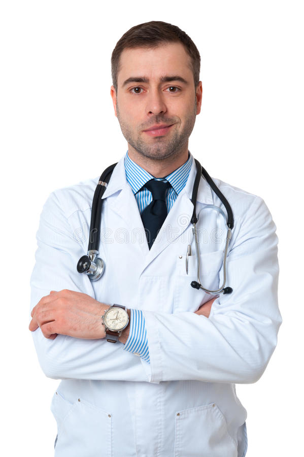 Doctor de sexo masculino sonriente con el estetoscopio alrededor de su cuello que mira imágenes de archivo libres de regalías