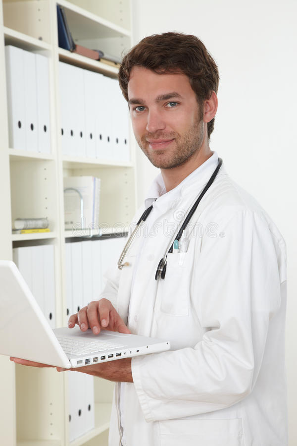 Free Doctor In Clinic Stock Photography - 19301152