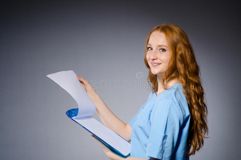 doctor kvinnabarn arkivfoton