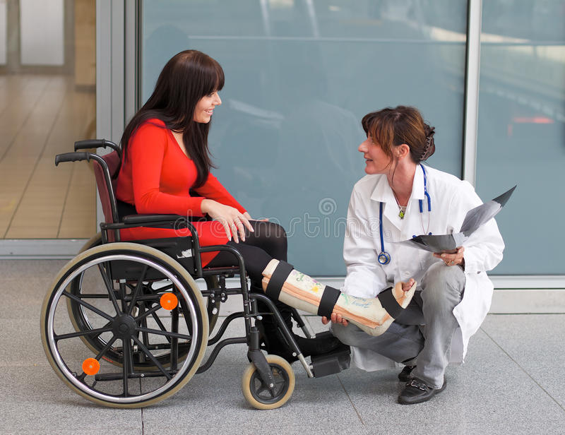 Download Doctor and patient stock photo. Image of fracture, discussing - 11342616