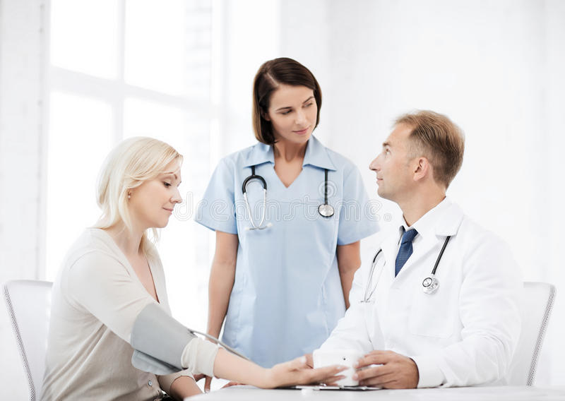 Download Doctor And Patient In Hospital Stock Image - Image: 39636929
