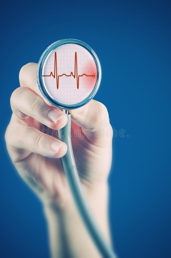 Free Doctor With Stethoscope Royalty Free Stock Images - 19085579