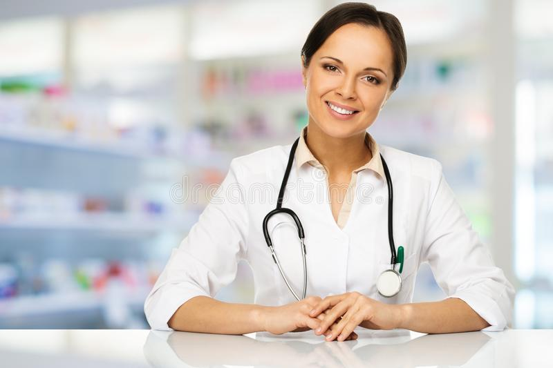 Download Doctor Woman In Drug Store Stock Photo - Image: 40392201