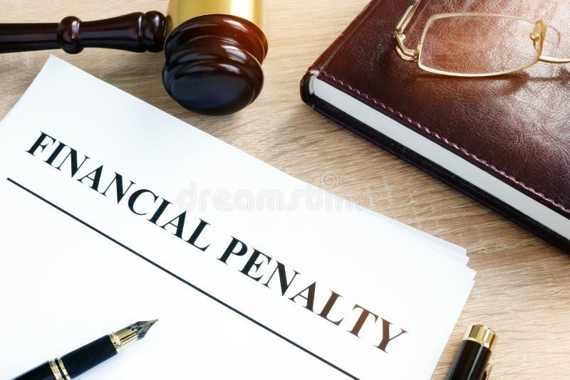 Document avec la pénalité financière de titre images libres de droits