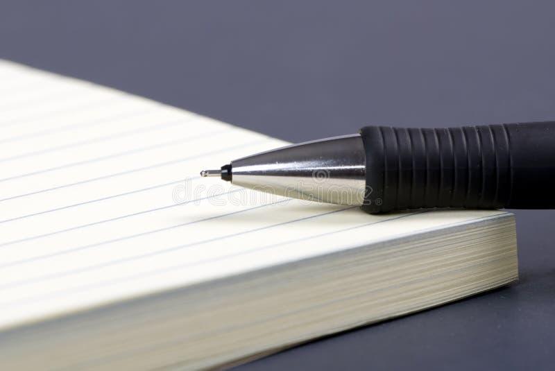 Document en Pen 3 stock afbeeldingen