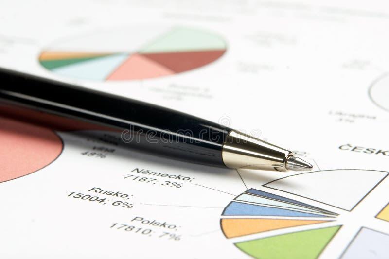 Document en pen royalty-vrije stock afbeelding