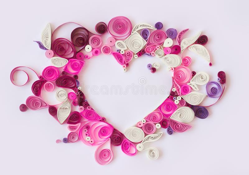 Document het quilling, decoratief hart met exemplaarruimte; valentijnskaartenbac royalty-vrije stock afbeelding