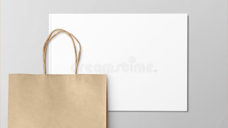 Document het winkelen zak op grijze achtergrond wordt geïsoleerd die stock afbeeldingen