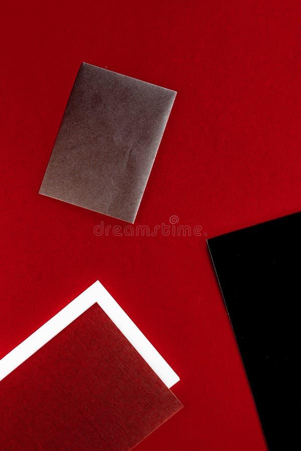 Document kantoorbehoeften voor ontwerp en het brandmerken, flatlay model stock afbeeldingen